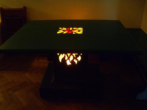 mesa con luces